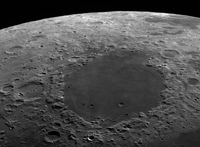 月面望遠鏡写真